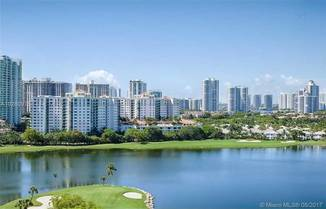 3675 N Country Club Dr, Aventura, FL 33180